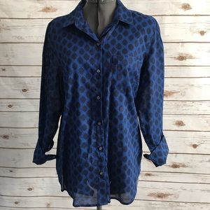 Old Navy black and blue polka dot button front top